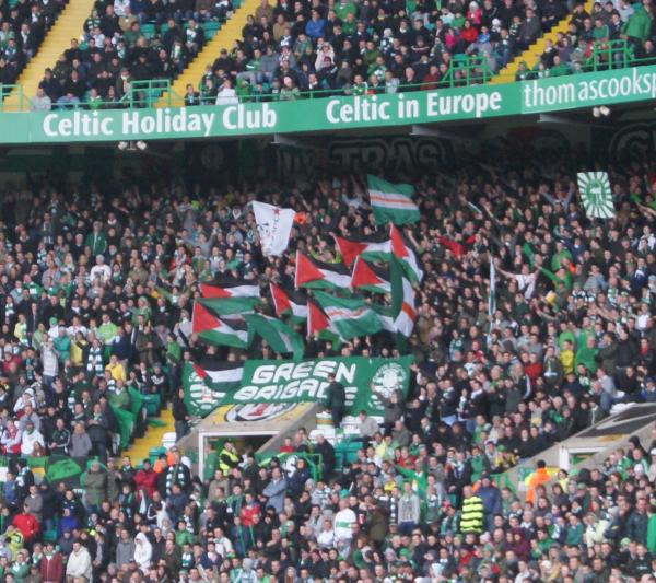 Celtic FC supporters show solidarity with Palestinian hunger strikers