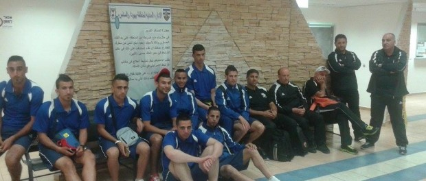 Palestinian team held up at Allenby Bridge