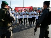 maale-adumim-with-palestinian-youths
